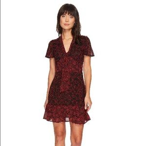 😍Michael Kors Red Star Dress NWT Size P😍